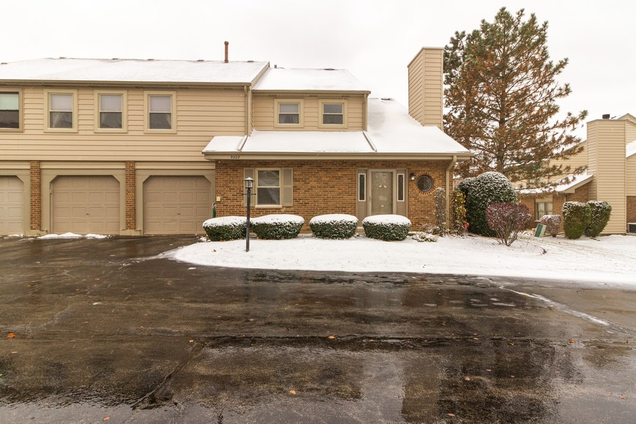 Real Estate Photography - 9222 Whitehall Ln, Orland Park, IL, 60462 - Front View