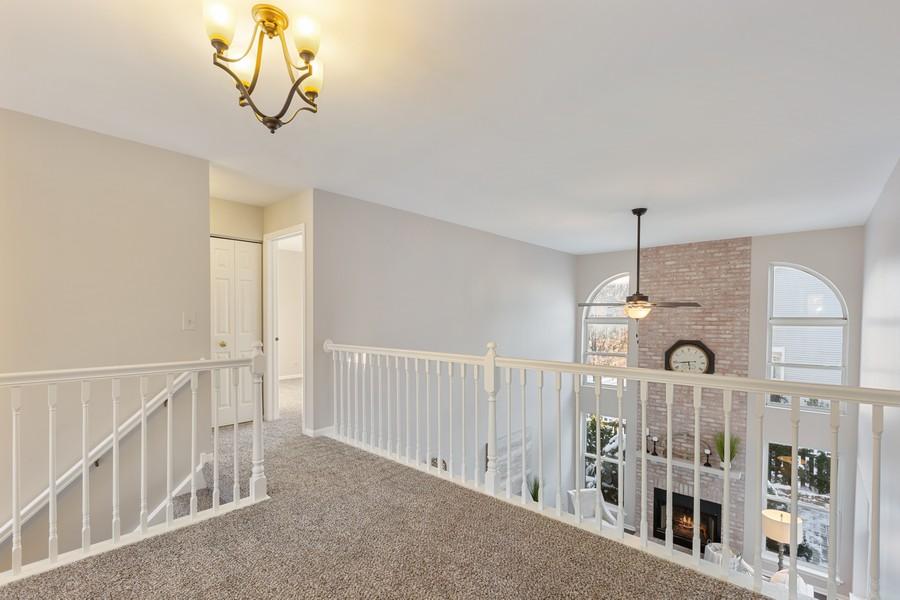 Real Estate Photography - 191 Wellington Ct, Grayslake, IL, 60030 - Loft