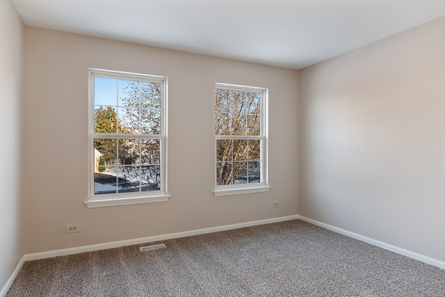 Real Estate Photography - 191 Wellington Ct, Grayslake, IL, 60030 - 3rd Bedroom