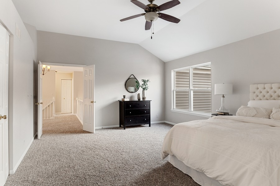 Real Estate Photography - 191 Wellington Ct, Grayslake, IL, 60030 - Master Bedroom
