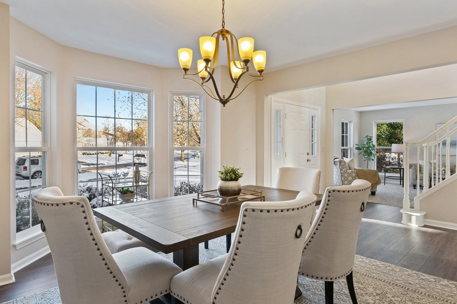 Real Estate Photography - 191 Wellington Ct, Grayslake, IL, 60030 - Dining Room