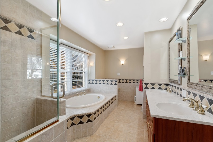 Real Estate Photography - 1489 Briergate Dr, Naperville, IL, 60563 - Master Bathroom