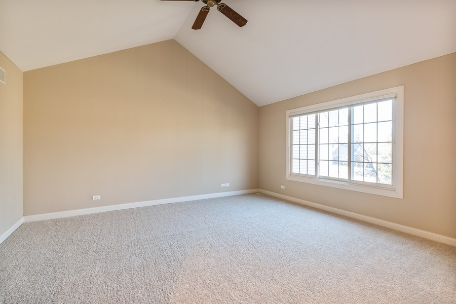 Real Estate Photography - 33051 North Stone Manor Dr, Grayslake, IL, 60030 - Master Bedroom