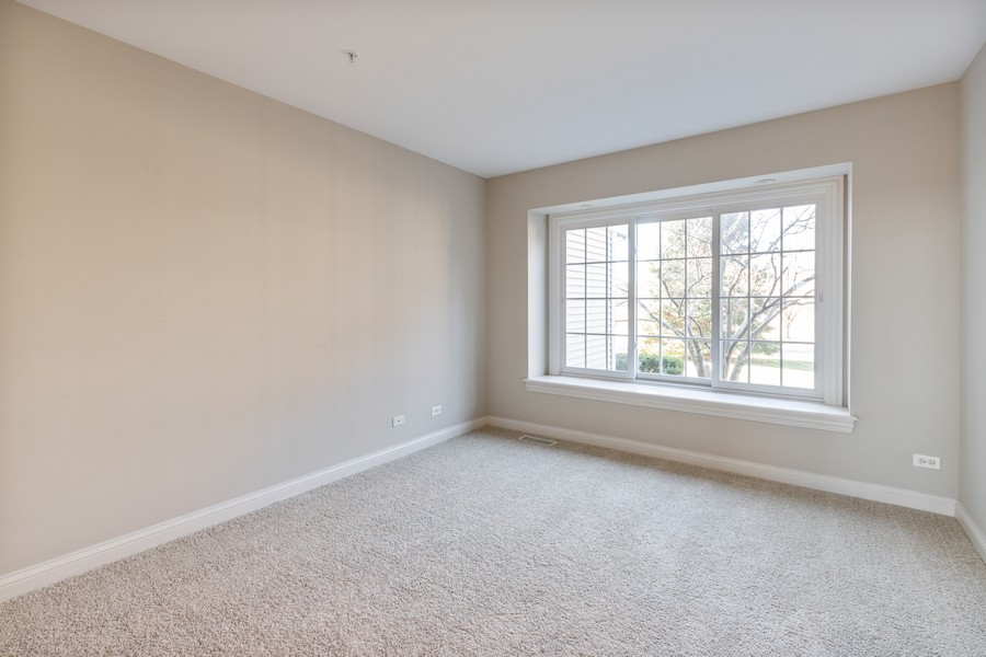 Real Estate Photography - 33051 North Stone Manor Dr, Grayslake, IL, 60030 - 3rd Bedroom