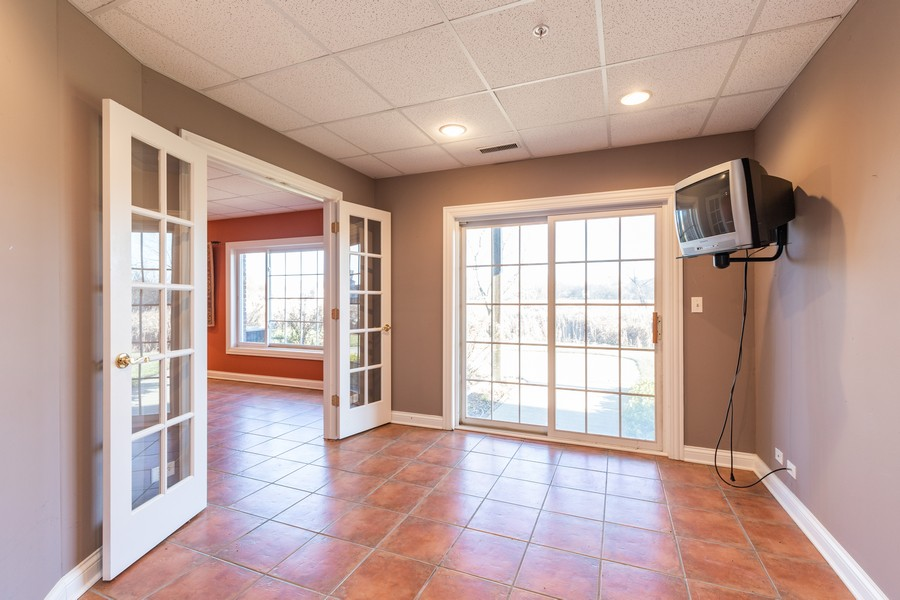 Real Estate Photography - 33051 North Stone Manor Dr, Grayslake, IL, 60030 - Exercise Room
