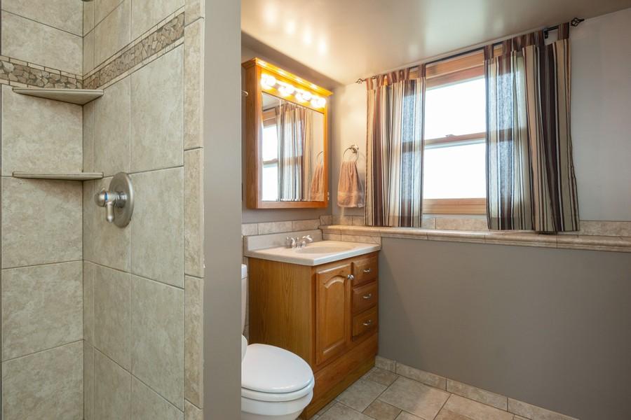Real Estate Photography - 6601 Morningstar Ln, Plainfield, IL, 60586 - Bathroom