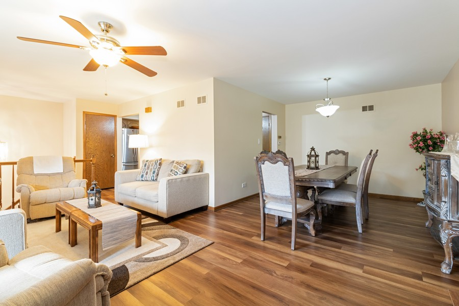 Real Estate Photography - 15621 Violet Ct, Orland Park, IL, 60462 - Living Room / Dining Room