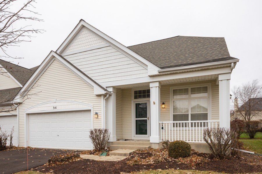 Real Estate Photography - 341 Cascade Ln, Oswego, IL, 60543 - Front View