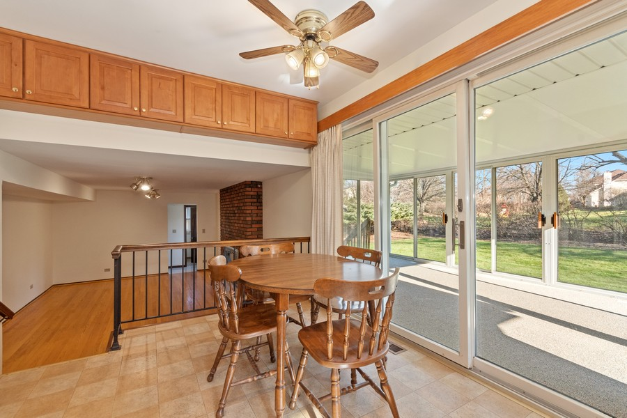 Real Estate Photography - 1552 Chippewa Dr, Naperville, IL, 60563 - Note the extra upper storage in the kitchen