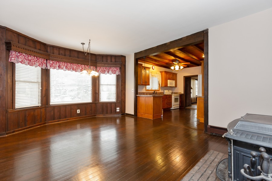 Real Estate Photography - 304 West Haven Ave, New Lenox, IL, 60451 - Living Room