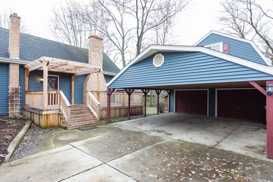 Real Estate Photography - 304 West Haven Ave, New Lenox, IL, 60451 - Garage