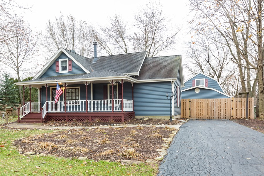 Real Estate Photography - 304 West Haven Ave, New Lenox, IL, 60451 - Front View