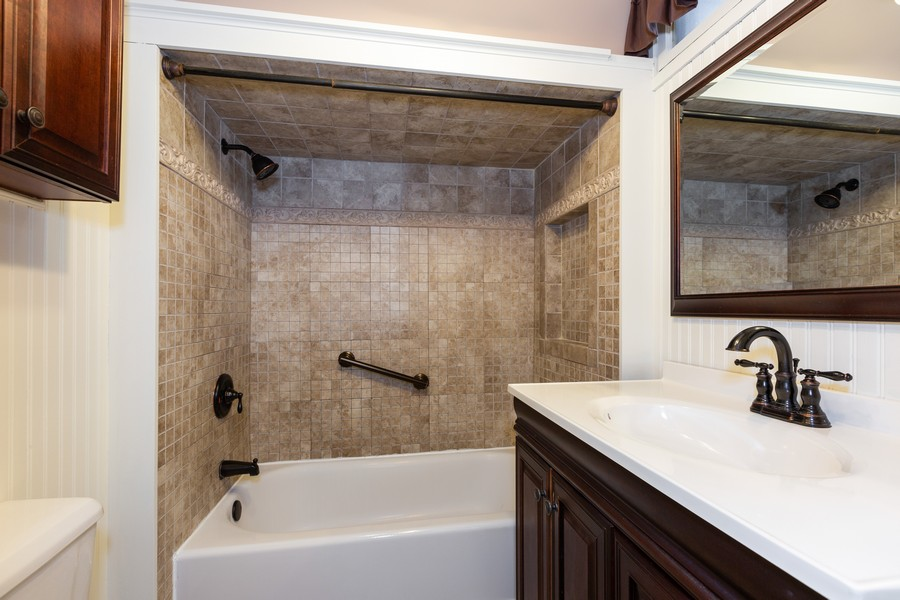 Real Estate Photography - 304 West Haven Ave, New Lenox, IL, 60451 - Bathroom