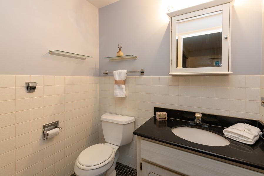 Real Estate Photography - 419 Regal Ct, Addison, IL, 60101 - Master Bathroom