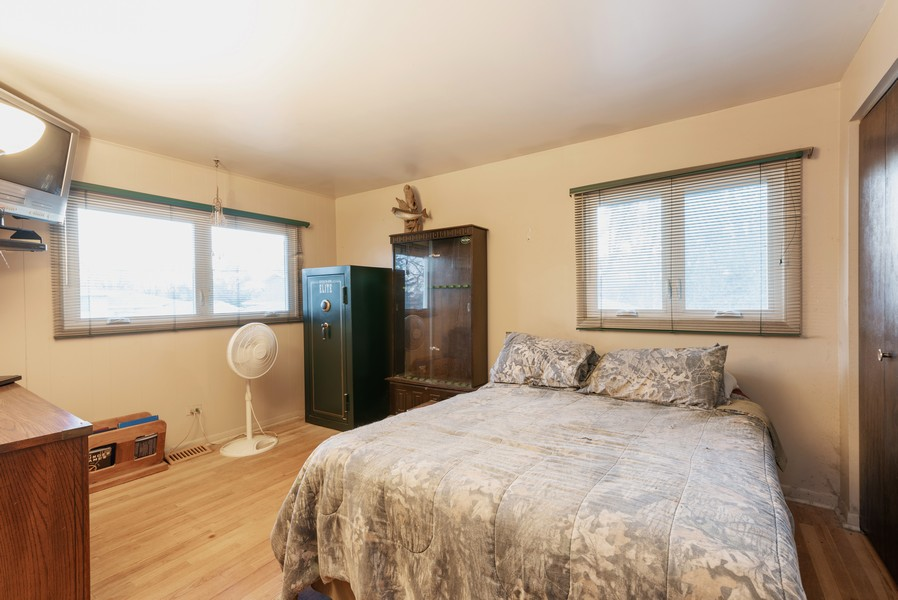 Real Estate Photography - 419 Regal Ct, Addison, IL, 60101 - 2nd Bedroom