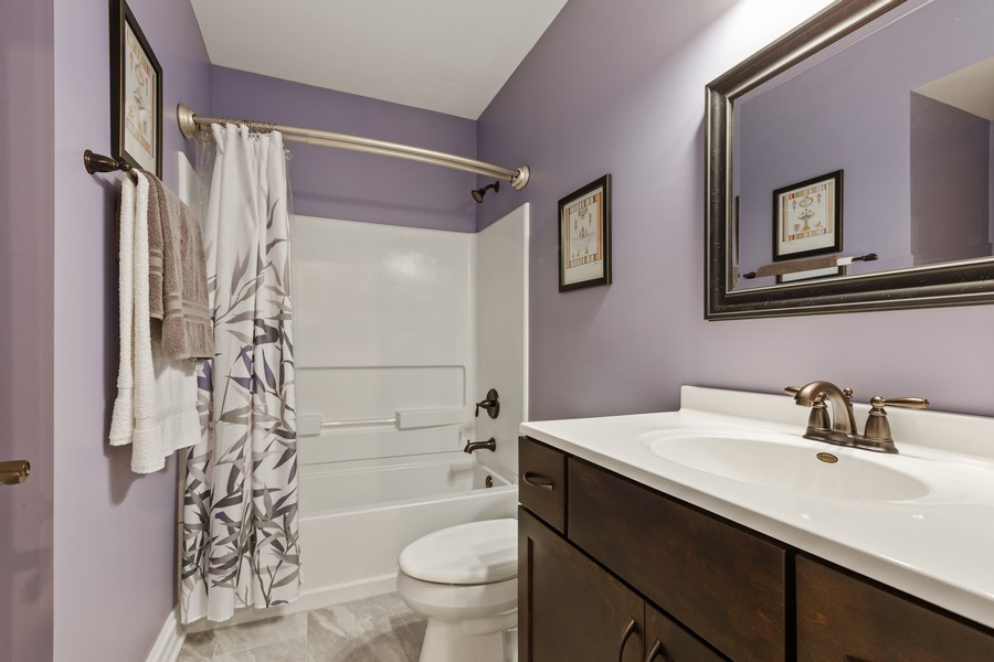 Real Estate Photography - 2811 Melrose Ln, Naperville, IL, 60564 - 3rd Bathroom