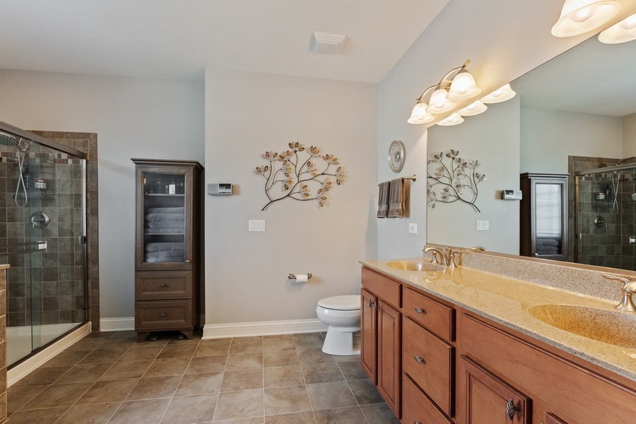 Real Estate Photography - 2811 Melrose Ln, Naperville, IL, 60564 - Master Bathroom