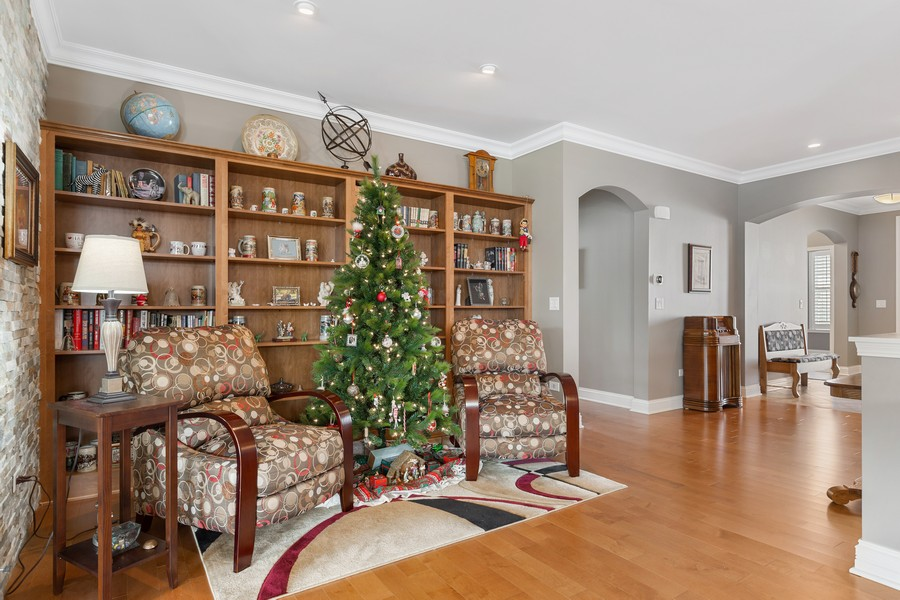 Real Estate Photography - 2811 Melrose Ln, Naperville, IL, 60564 - View