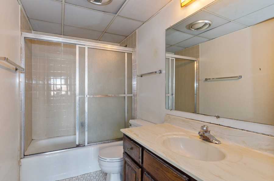 Real Estate Photography - 2086 St Johns Ave, Highland Park, IL, 60035 - Master Bathroom