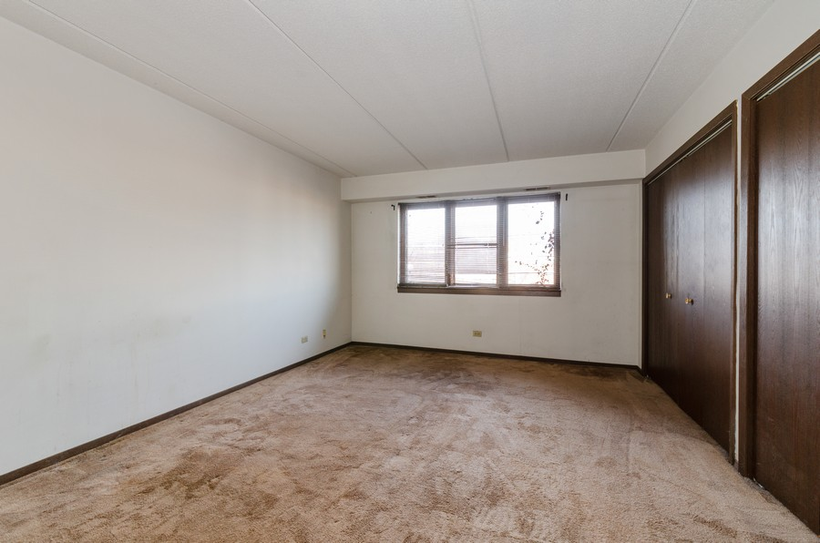Real Estate Photography - 2086 St Johns Ave, Highland Park, IL, 60035 - Master Bedroom