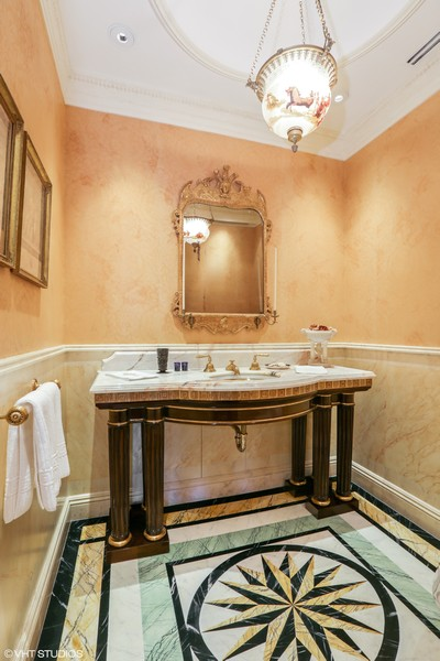 Real Estate Photography - 2450 North Lakeview Ave, 10, Chicago, IL, 60614 - Powder Room