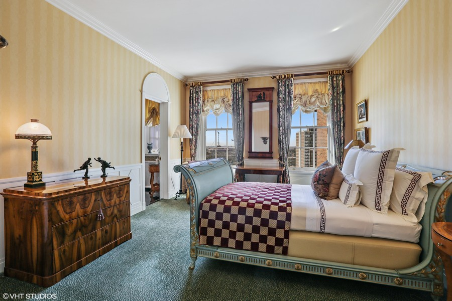 Real Estate Photography - 2450 North Lakeview Ave, 10, Chicago, IL, 60614 - 3rd Bedroom