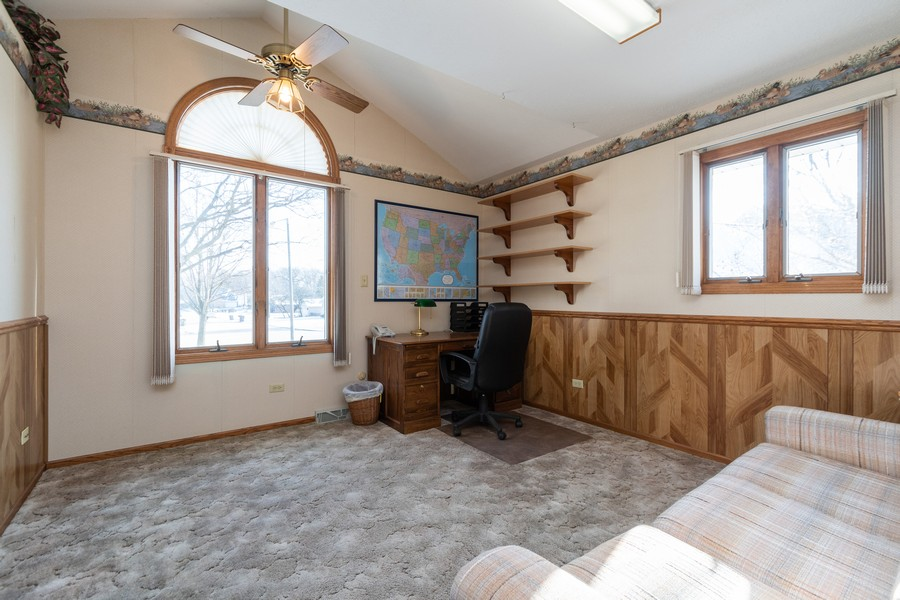 Real Estate Photography - 217 Aspen Dr, New Lenox, IL, 60451 - 2nd Bedroom