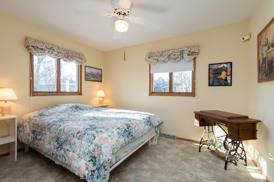 Real Estate Photography - 217 Aspen Dr, New Lenox, IL, 60451 - 3rd Bedroom