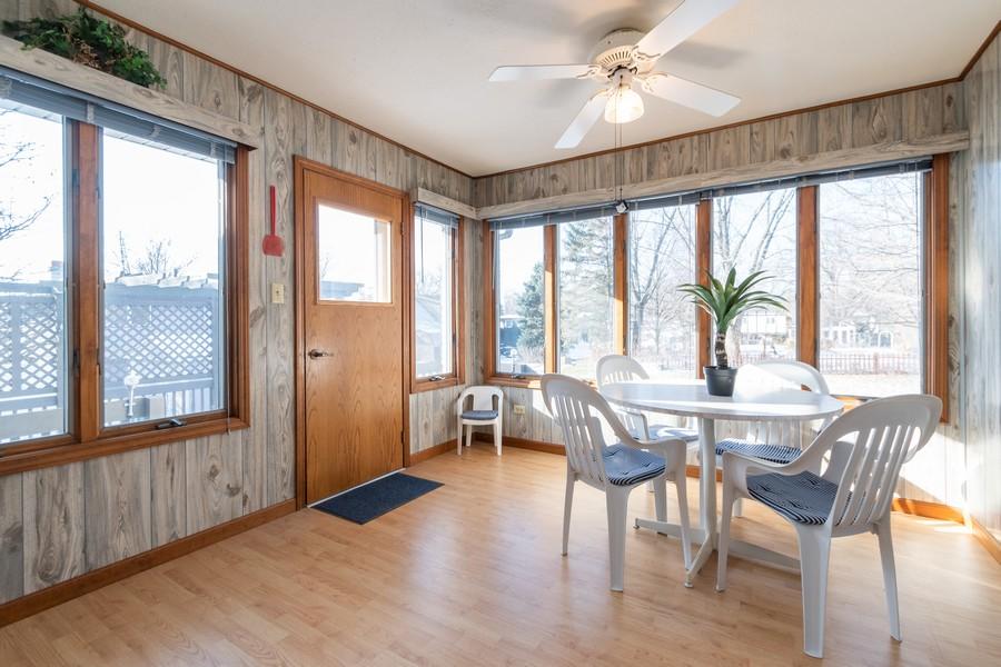 Real Estate Photography - 217 Aspen Dr, New Lenox, IL, 60451 - Sun Room