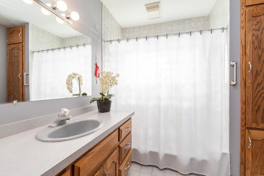 Real Estate Photography - 217 Aspen Dr, New Lenox, IL, 60451 - Bathroom