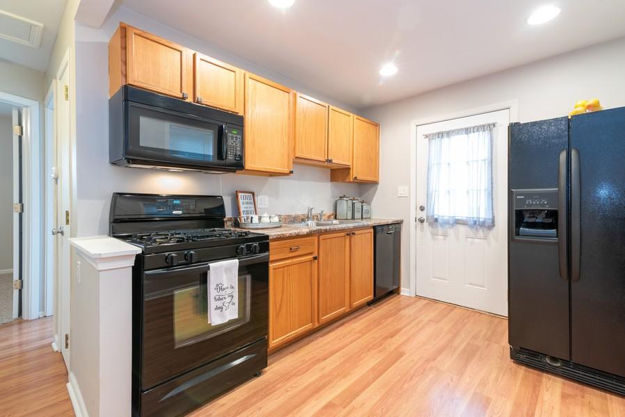 Real Estate Photography - 2717 Cherry Dr, Wonder Lake, IL, 60097 - Kitchen