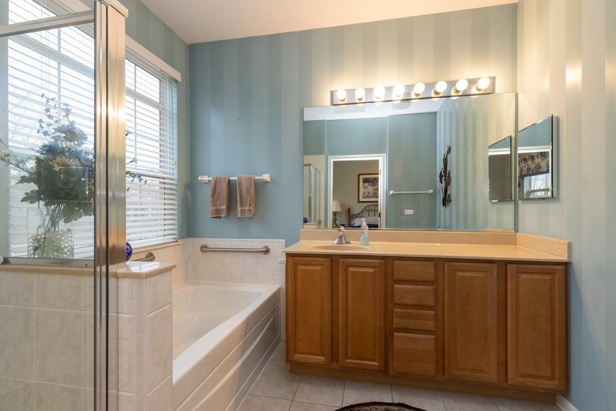Real Estate Photography - 2261 Meadowcroft Ln, Grayslake, IL, 60030 - Master Bathroom