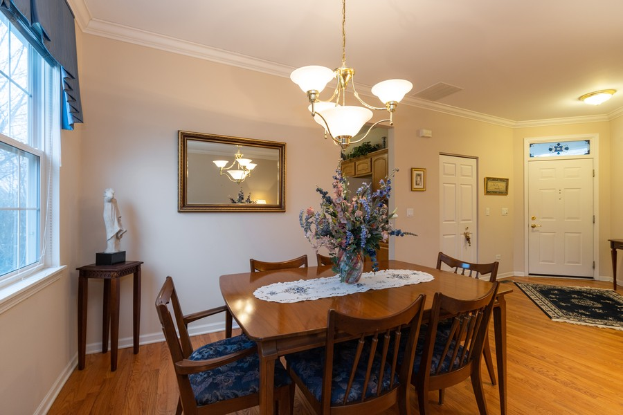 Real Estate Photography - 2261 Meadowcroft Ln, Grayslake, IL, 60030 - Dining Room