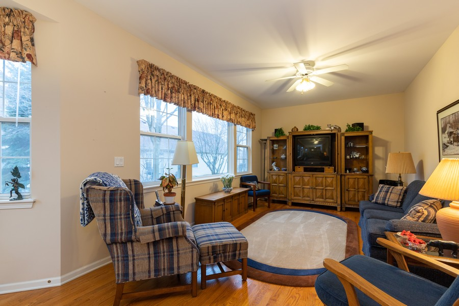 Real Estate Photography - 2261 Meadowcroft Ln, Grayslake, IL, 60030 - Family Room