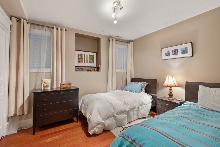 Real Estate Photography - 1112 Church St, 1, Evanston, IL, 60201 - 2nd Bedroom
