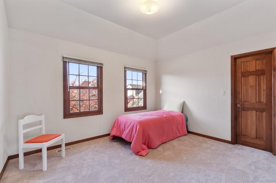 Real Estate Photography - 685 Kendridge Ct, Aurora, IL, 60502 - 2nd Bedroom