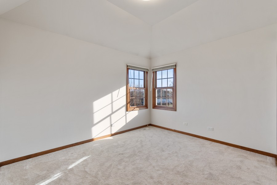 Real Estate Photography - 685 Kendridge Ct, Aurora, IL, 60502 - 3rd Bedroom