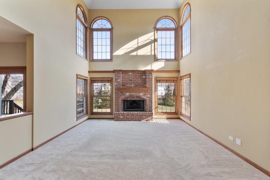 Real Estate Photography - 685 Kendridge Ct, Aurora, IL, 60502 - Family Room