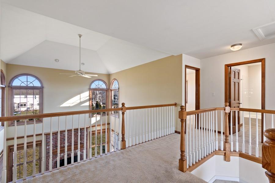 Real Estate Photography - 685 Kendridge Ct, Aurora, IL, 60502 - Hallway