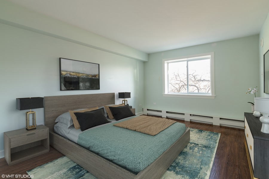 Real Estate Photography - 1215 North Waterman Ave, 2E, Arlington Heights, IL, 60004 - Bedroom