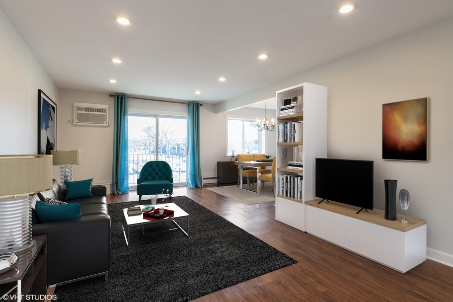 Real Estate Photography - 1215 North Waterman Ave, 2E, Arlington Heights, IL, 60004 - Living Room