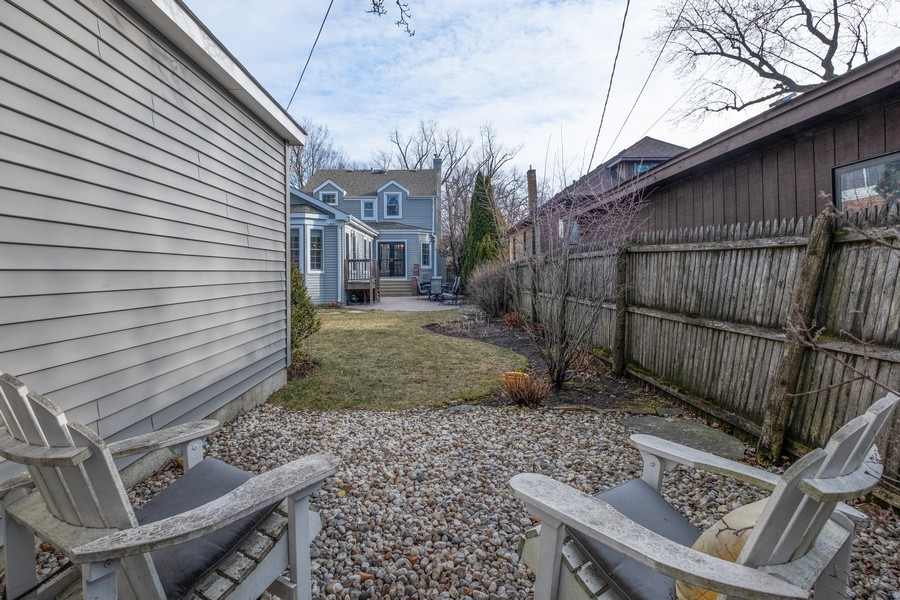 Real Estate Photography - 2630 Lawndale Ave, Evanston, IL, 60201 - View