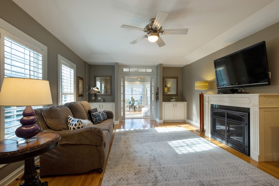 Real Estate Photography - 2630 Lawndale Ave, Evanston, IL, 60201 - Family Room