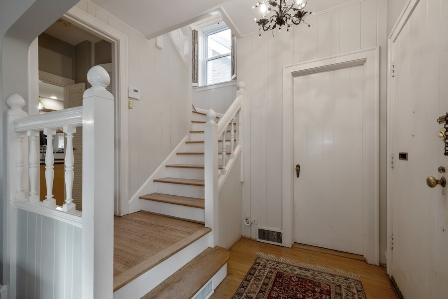 Real Estate Photography - 2630 Lawndale Ave, Evanston, IL, 60201 - Foyer