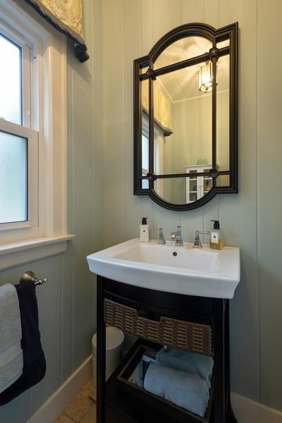 Real Estate Photography - 2630 Lawndale Ave, Evanston, IL, 60201 - Half Bath