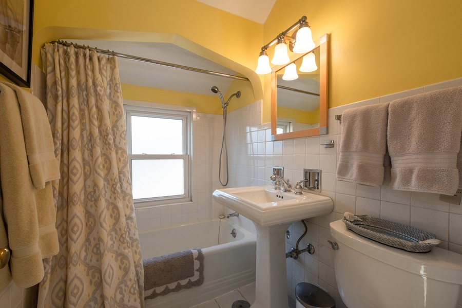 Real Estate Photography - 2630 Lawndale Ave, Evanston, IL, 60201 - 2nd Bathroom