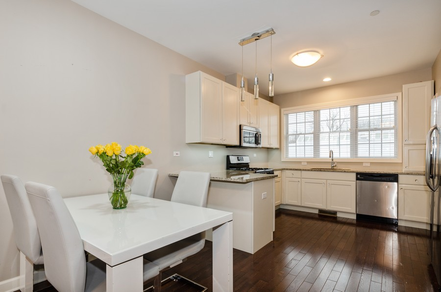 Real Estate Photography - 1673 Church St, Evanston, IL, 60201 - Dining Area