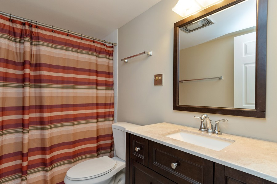 Real Estate Photography - 1104 North Mill St, 104, Naperville, IL, 60563 - Bathroom