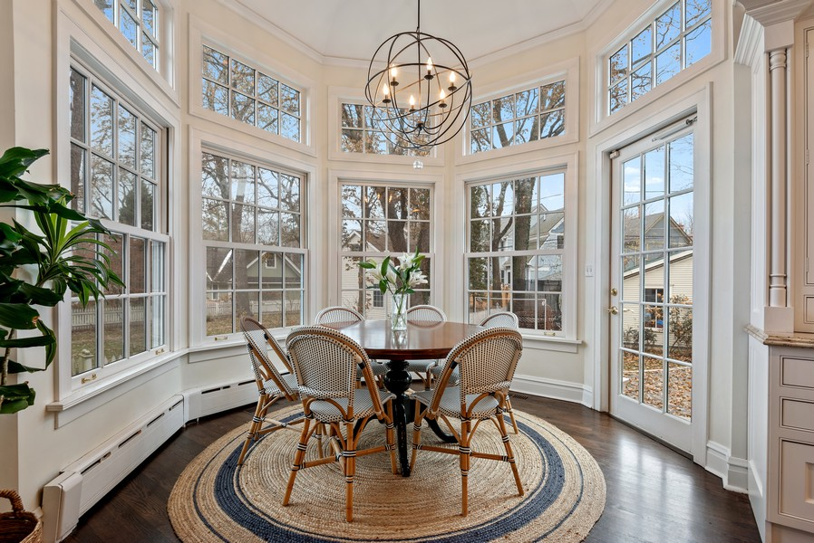 Real Estate Photography - 132 Park Ave, Wilmette, IL, 60091 - Breakfast Area