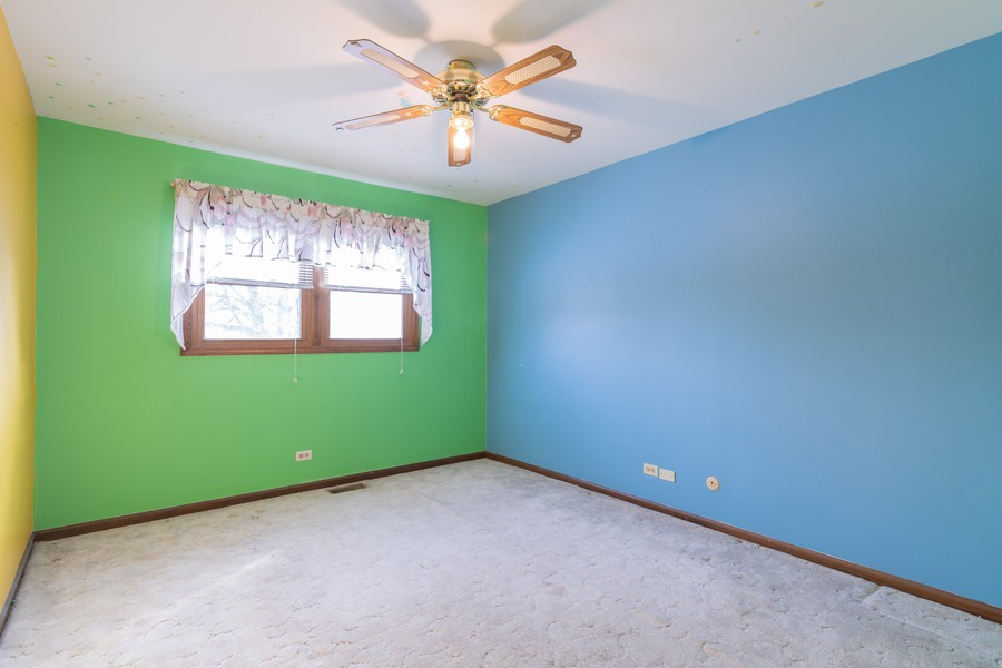 Real Estate Photography - 515 E Ridge Rd, Arlington Heights, IL, 60004 - 2nd Bedroom